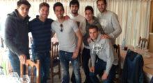 Sergio Ramos mit ein paar Kumpels beim Abendessen, die allen durchaus bekannt sein dürften. Er postete dieses Foto am 19. Februar auf Twitter und Instagram.