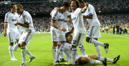 Real Madrid bejubelt den Siegtreffer durch Cristiano Ronaldo gegen Manchester City