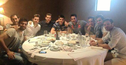 Real Madrid isst zusammen Mittag in einem Restaurant