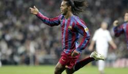 Madridistas applaudieren Ronaldinho – zehn Jahre ist's her