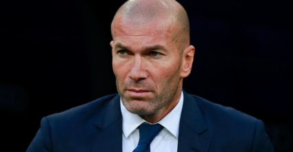 MADRID, SPAIN - SEPTEMBER 21: Coach Zinedine Zidane of Real Madrid CF looks on as he enters to the pitch prior to start the La Liga match between Real Madrid CF and Villarreal CF at Santiago Bernabeu stadium on September 21, 2016 in Madrid, Spain. (Photo by Gonzalo Arroyo Moreno/Getty Images)