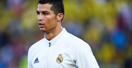 LAS PALMAS, SPAIN - SEPTEMBER 24:  Cristiano Ronaldo of Real Madrid CF looks on prior to the La Liga match between UD Las Palmas and Real Madrid CF on September 24, 2016 in Las Palmas, Spain.  (Photo by David Ramos/Getty Images)