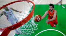 RIO DE JANEIRO, BRAZIL - AUGUST 07:  Sergio Llull #23 of Spain shoots the ball against Croatia during a Men's preliminary round basketball game between Croatia and Spain on Day 2 of the Rio 2016 Olympic Games at Carioca Arena 1 on August 7, 2016 in Rio de Janeiro, Brazil.  (Photo by Pool/Getty Images)