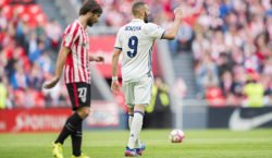 BILBAO, SPAIN - MARCH 18:  Karim Benzema of Real Madrid celebrates after scoring goal during the La Liga match between Athletic Club Bilbao and Real Madrid at San Mames Stadium on March 18, 2017 in Bilbao, Spain.  (Photo by Juan Manuel Serrano Arce/Getty Images)