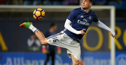 VILLARREAL, SPAIN - FEBRUARY 26:  Mateo Kovacic of Real Madrid during the warm up prior the La Liga match between Villarreal CF and Real Madrid at Estadio de la Ceramica on February 26, 2017 in Villarreal, Spain.  (Photo by Fotopress/Getty Images)