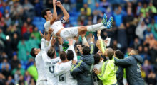 MADRID, SPAIN - MAY 08:   Alvaro Arbeloa of Real Madrid is thrown in the air by his teammates after playing his last match for Real during the La Liga match between Real Madrid CF and Valencia CF at Estadio Santiago Bernabeu on May 8, 2016 in Madrid, Spain.  (Photo by Denis Doyle/Getty Images)