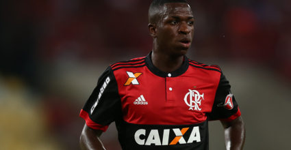 RIO DE JANEIRO, BRAZIL - MAY 13: Vinicius Jr. of Flamengo looks on during a match between Flamengo and Atletico MG part of Brasileirao Series A 2017 at Maracana Stadium on May 13, 2017 in Rio de Janeiro, Brazil. (Photo by Buda Mendes/Getty Images)