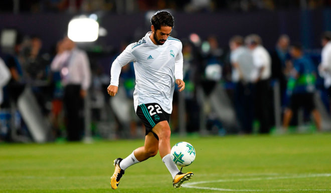 Real Madrid's Spanish midfielder Isco warms up prior to the UEFA Super Cup football match between Real Madrid and Manchester United on August 8, 2017, at the Philip II Arena in Skopje. / AFP PHOTO / Dimitar DILKOFF (Photo credit should read DIMITAR DILKOFF/AFP/Getty Images)
