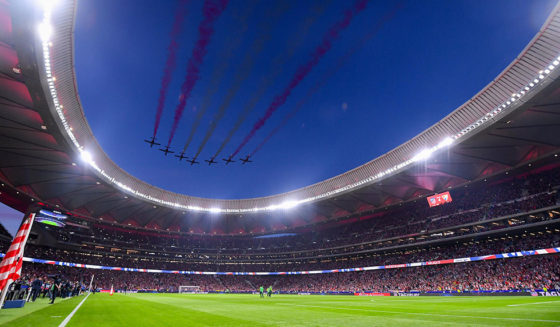 MADRID, SPAIN - SEPTEMBER 16: The Patrulla Aguila performs prior to the La Liga match between Atletico Madrid and Malaga at Wanda Metropolitano stadium on September 16, 2017 in Madrid, Spain. (Photo by David Ramos/Getty Images)