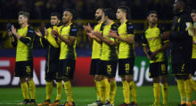 Dortmund's players applaud the fans after the UEFA Champions League Group H football match BVB Borussia Dortmund v Real Madrid in Dortmund, western Germany on September 26, 2017. / AFP PHOTO / Patrik STOLLARZ        (Photo credit should read PATRIK STOLLARZ/AFP/Getty Images)