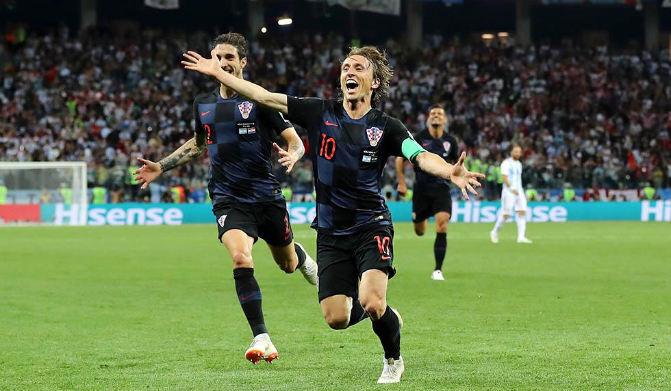 buy popular cfdca fd000 Traumtor! Modrić schießt Messi an den Rand des WM-Aus - REAL ...