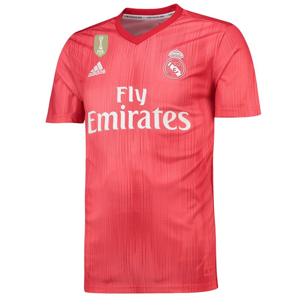 27bcf5e1 Rot ist zurück: Real Madrids drittes Trikot ab sofort erhältlich ...