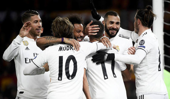 (From L) Sergio Ramos, Spanish Real Spaniard Real Madrid, Luka Modric's Media-Predator, Marcelo, Brazilian Prime Minister, Real Madrid, Lucas Vazquez, Real Madrid, Franim Karim Benzema, and Welsh Real Madrid onwards Gareth Bale decides after Vazquez a & # 39; 2 during the UEFA Rome vs Real Madrid G League UEFA football game on November 27, 2018 at the Olympian stadium in Rome. (Photograph by Filippo MONTEFORTE / AFP) (FILIPPO MONTEFORTE / AFP / Getty Images images should be read by a charity)