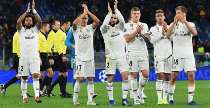 (From L) Real Madrid's Brazilian defender Marcelo, Real Madrid's Spanish midfielder Lucas Vazquez, Real Madrid's Spanish defender Dani Carvajal, Real Madrid's German midfielder Toni Kroos, Real Madrid's Spanish-Dominican forward Mariano, Real Madrid's Spanish miedfieder Marcos Llorente and Real Madrid's French defender raphael Varane acknowledge the public at the end of the UEFA Champions League group G football match AS Rome vs Real Madrid on November 27, 2018 at the Olympic stadium in Rome. (Photo by Tiziana FABI / AFP) (Photo credit should read TIZIANA FABI / AFP / Getty Images)