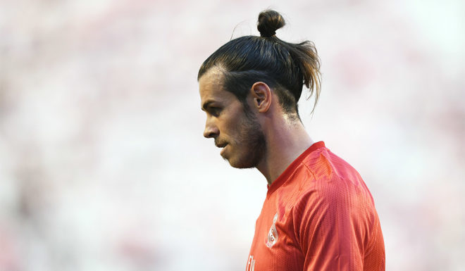 MADRID, SPAIN - APRIL 28: Gareth Bale of Real Madrid looks on during the La Liga match between Vallecano of Madrid and Real Madrid CF at Vallecas Futbol Field on April 28, 2019 in Madrid, Spain. (Photo by Denis Doyle / Getty Images)
